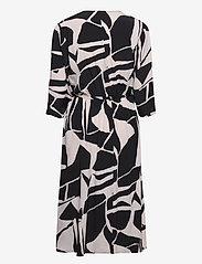 Masai - Nini - sukienki do kolan i midi - black - 2