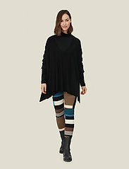 Masai - Fosna - swetry - black - 5
