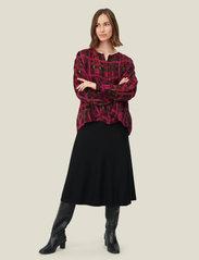 Masai - Stina - spódnice do kolan i midi - black - 4