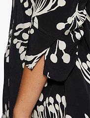 Masai - Geam - bluzki z długimi rękawami - black - 5