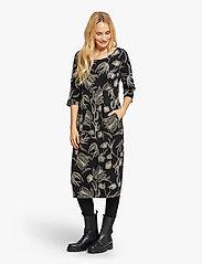 Masai - Nima - sukienki na codzień - black - 3