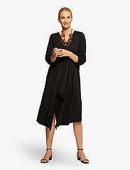 Masai - Nikassi - sukienki na codzień - black - 3