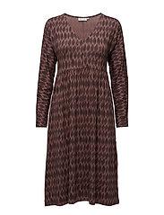 Nelle dress fitted long slv - HAZELROSE ORG