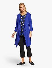 Masai - Ibone - kimona - clematis blue - 4
