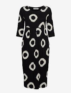 Nima - midi kjoler - black