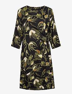Nonie - midi kjoler - green sheen