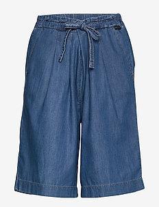 Patricia shorts - bermudy - light denim