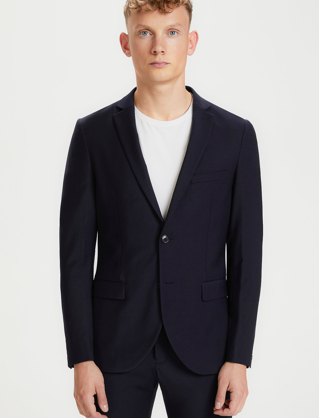 Matinique - Jonathan - enkelknäppta kostymer - navy blazer - 0