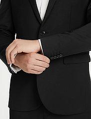 Matinique - George F - single breasted blazers - black - 5