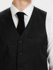 Matinique - Breck - waistcoats - black - 8