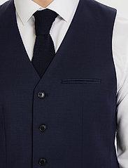 Matinique - Breck - waistcoats - dark navy - 4