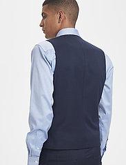 Matinique - Breck - waistcoats - dark navy - 6