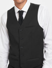 Matinique - Breck - waistcoats - forged iron - 3