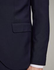 Matinique - Jonathan - enkelknäppta kostymer - navy blazer - 5