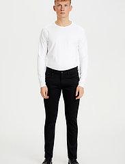Matinique - Priston - slim jeans - black - 3