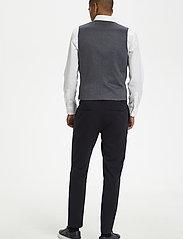 Matinique - MAlogan 1 Jersey - waistcoats - dust blue - 3