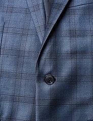 Matinique - Dust Blue Check - enkeltkneppede dresser - dust blue - 8