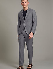 Matinique - MAgeorge - single breasted blazers - dark navy - 3