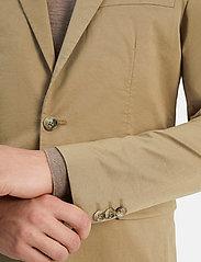 Matinique - MAnoel - single breasted blazers - khaki - 8