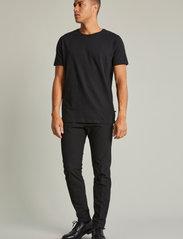 Matinique - MAJermane 3-pack - basic t-shirts - black - 2