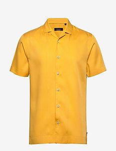 MAtrostol Resort 2 - podstawowe koszulki - yellow