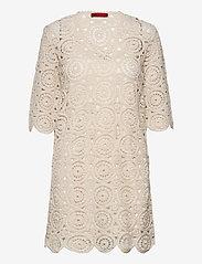 Max&Co. - DARWIN - kanten jurken - white - 0