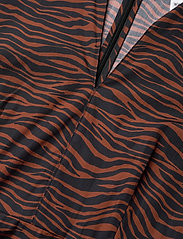 Max&Co. - BANDOLO - alledaagse jurken - brown pattern - 2