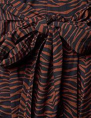 Max&Co. - BANDOLO - alledaagse jurken - brown pattern - 3