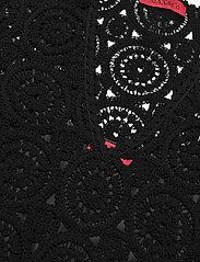 Max&Co. - DARWIN - kanten jurken - black - 3