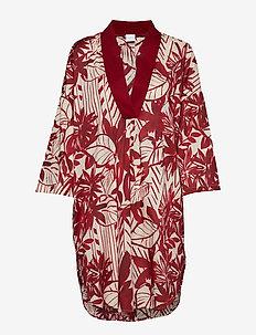 TESO - strandmode - red dress