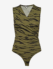 mbyM - Lai - bodies & slips - cherri print - 0