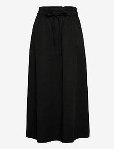 Kamila - maxi röcke - black