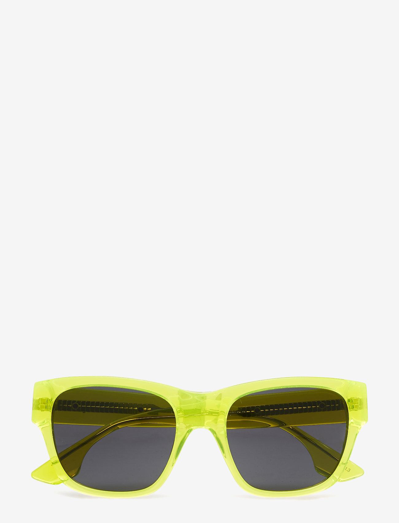 McQ Eyewear - MQ0028S - d-shaped - yellow-yellow-smoke - 0