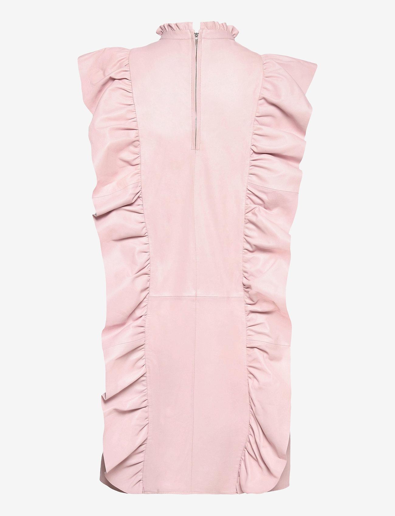 MDK / Munderingskompagniet - Etype thin leather dress - sommarklänningar - peach blush - 1