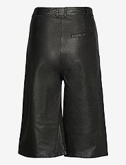 MDK / Munderingskompagniet - Culotte leather trouser - skinnbyxor - black - 1
