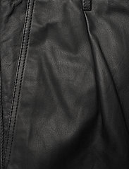 MDK / Munderingskompagniet - Iris leather pants - skinnbyxor - black - 2