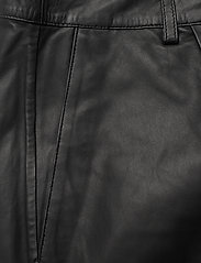 MDK / Munderingskompagniet - Culotte leather trouser - skinnbyxor - black - 2
