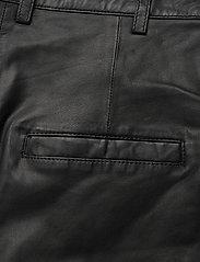 MDK / Munderingskompagniet - Culotte leather trouser - skinnbyxor - black - 4