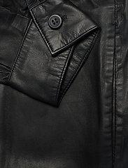 MDK / Munderingskompagniet - Agnes thin leather shirt - overshirts - black - 3