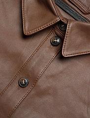 MDK / Munderingskompagniet - Agnes thin leather shirt - overshirts - monks robe - 2