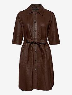 Clare thin leather dress - korta klänningar - monks robe