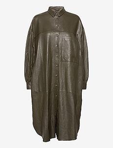 Camille leather dress - skjortklänningar - dark green