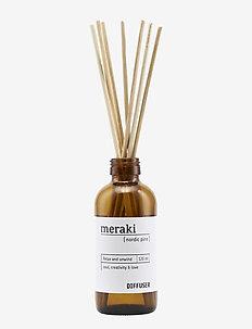 Diffuser w. 7 sticks, Nordic pine - duft - no coluor