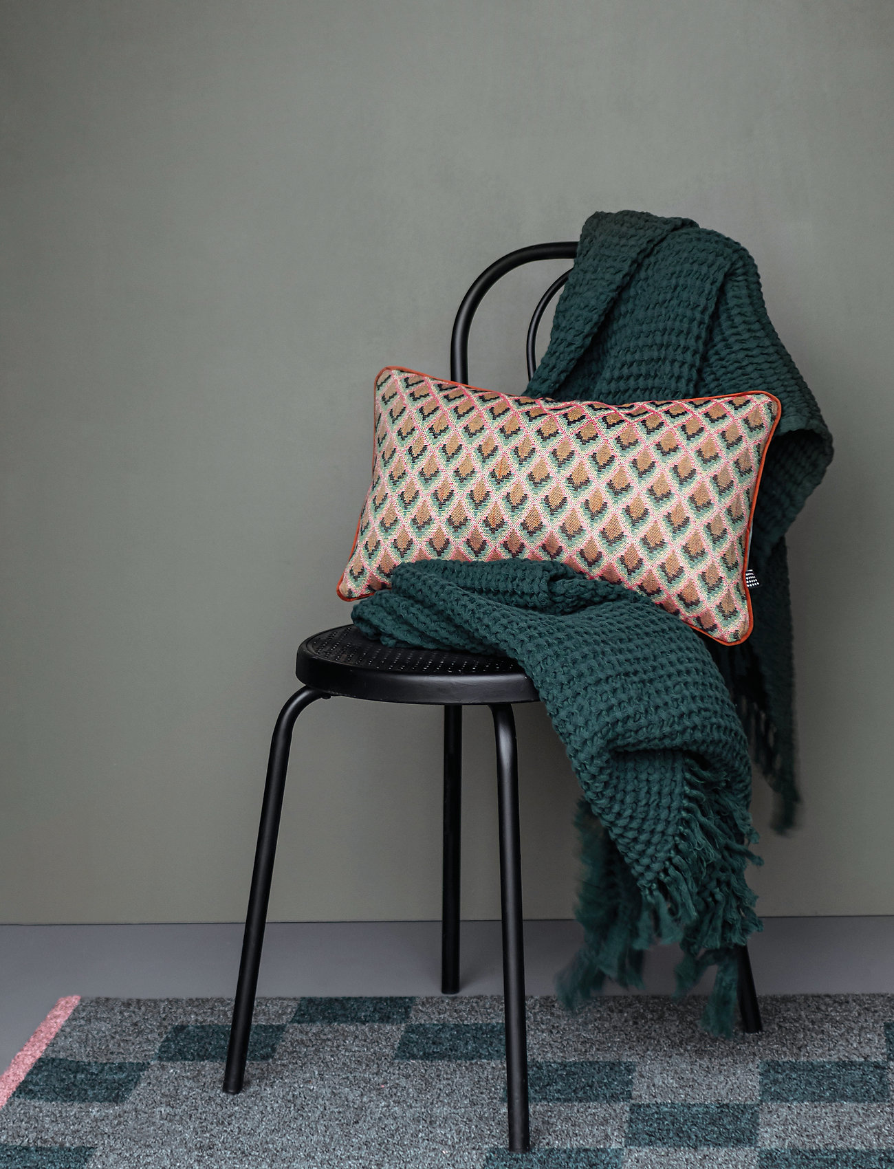 Mette Ditmer - ATELIER cushion, with filling - kuddar - spectrum/light green - 1