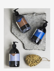 Mette Ditmer - PURE, Hand soap - handtvål - clear - 2