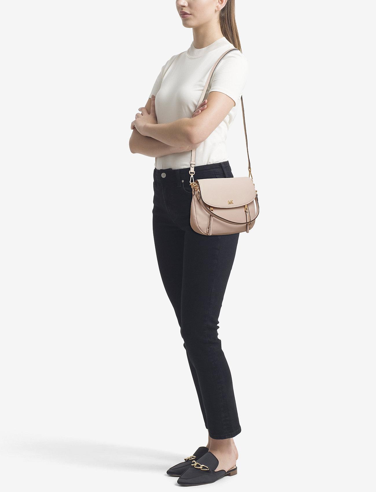 Michael Kors Bags EVIE MD SHLDR FLAP