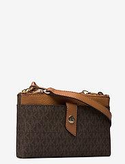 Michael Kors Bags - MD TAB DZP PHN XBODY - shoulder bags - brn/acorn - 3