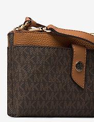 Michael Kors Bags - MD TAB DZP PHN XBODY - shoulder bags - brn/acorn - 4