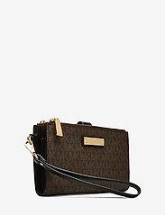 Michael Kors Bags - DBLZP WRISTLET - clutches - brown/blk - 2