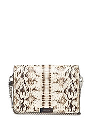 MD GUSSET CLUTCH - NATURAL